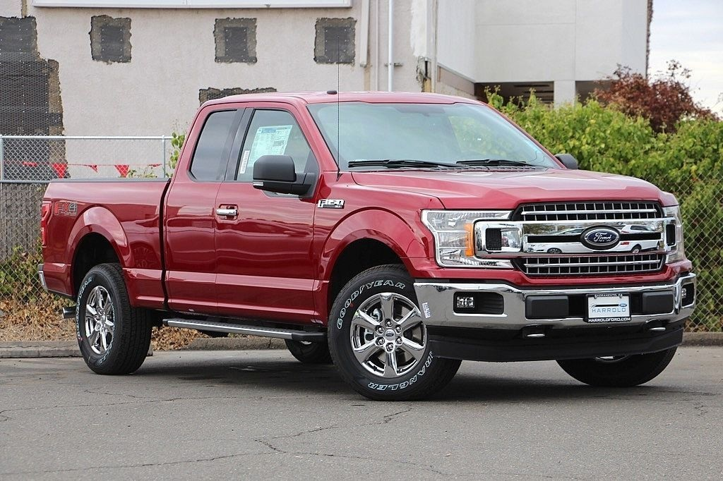 2018 F-150 Super Cab 4x4 Pickup #3971836X - photo 3