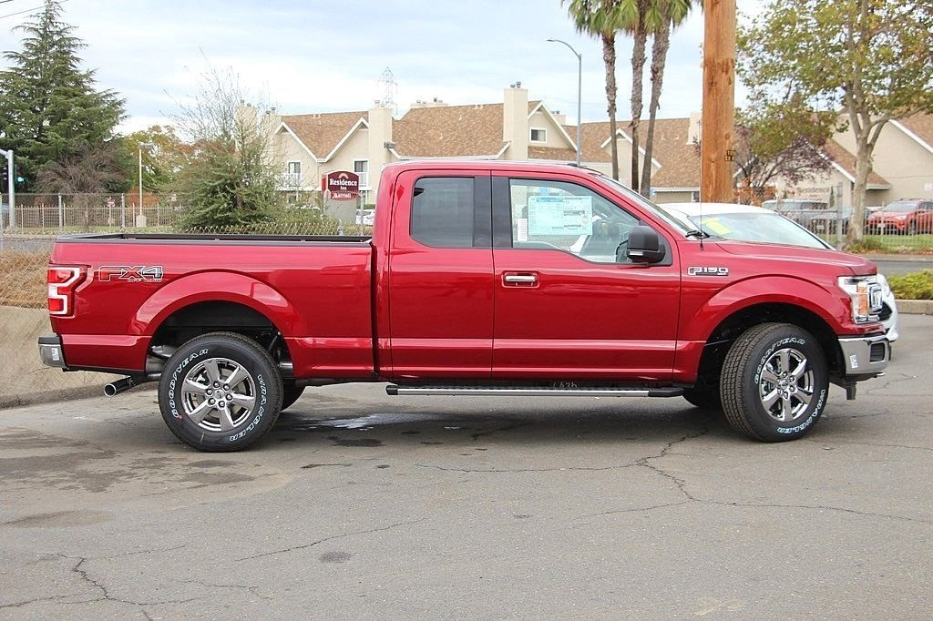 2018 F-150 Super Cab 4x4 Pickup #3971836X - photo 6