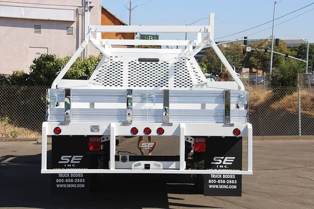 2017 F-450 Regular Cab DRW, Scelzi Contractor Flatbed Contractor Body #3991490 - photo 4