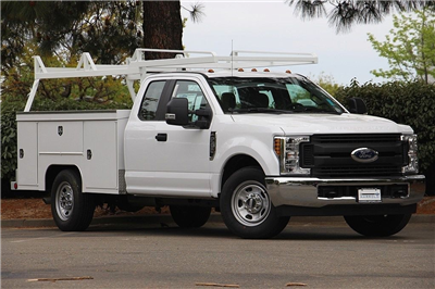 2018 F-350 Super Cab, Scelzi Crown Service Service Body #3993009 - photo 3