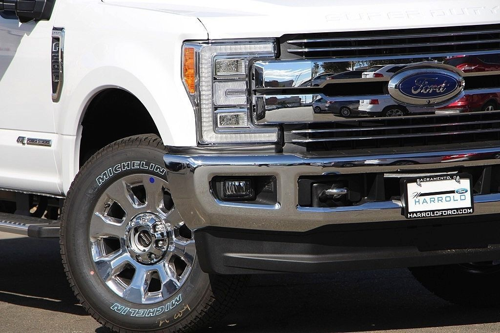 2017 F-350 Crew Cab 4x4 Pickup #3997068 - photo 4