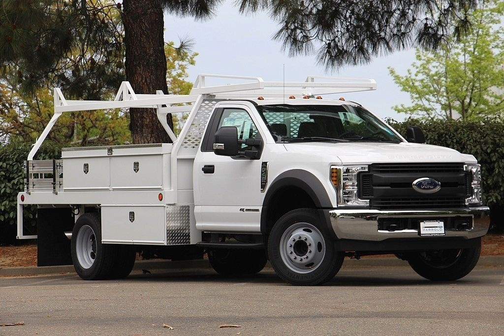 2018 F-450 Regular Cab DRW, Scelzi Contractor Body #3999152 - photo 3