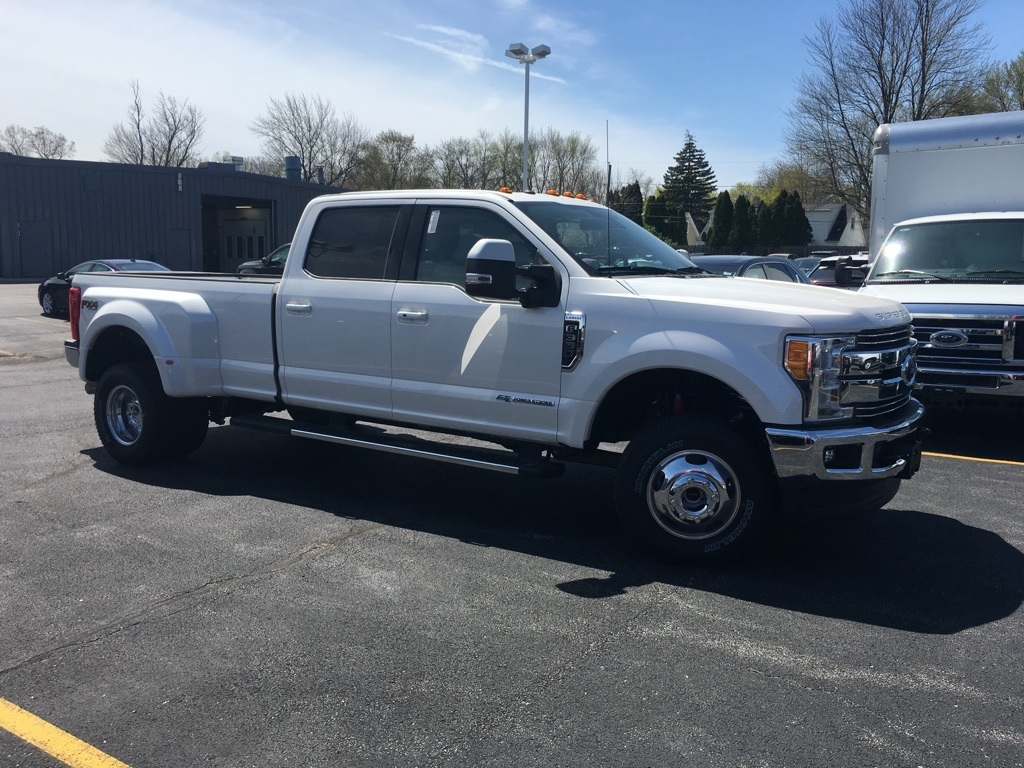2017 F-350 Crew Cab DRW 4x4,  Pickup #T71742 - photo 3