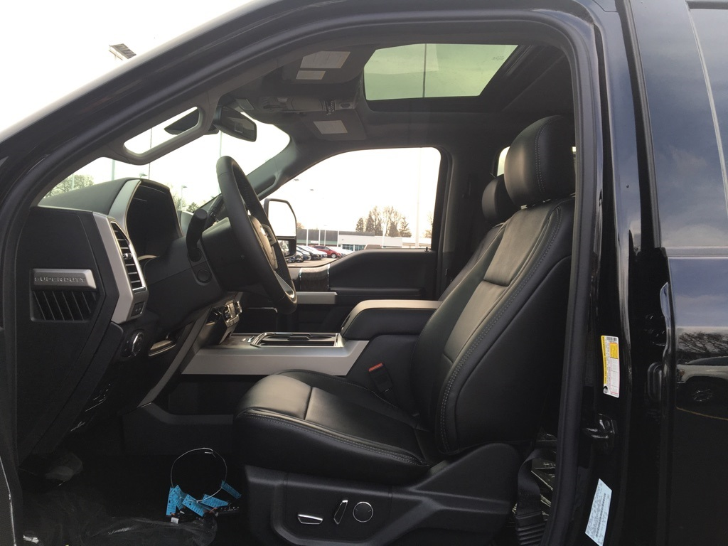2017 F-350 Crew Cab 4x4, Pickup #T72984 - photo 10