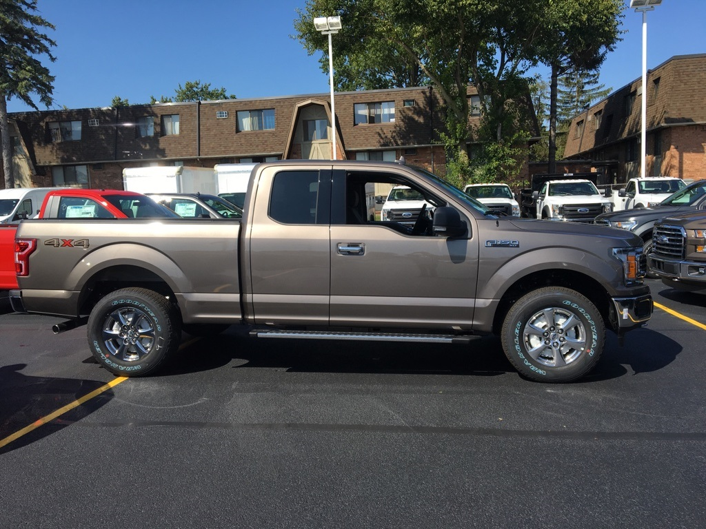 2018 F-150 Super Cab 4x4, Pickup #T80125 - photo 4