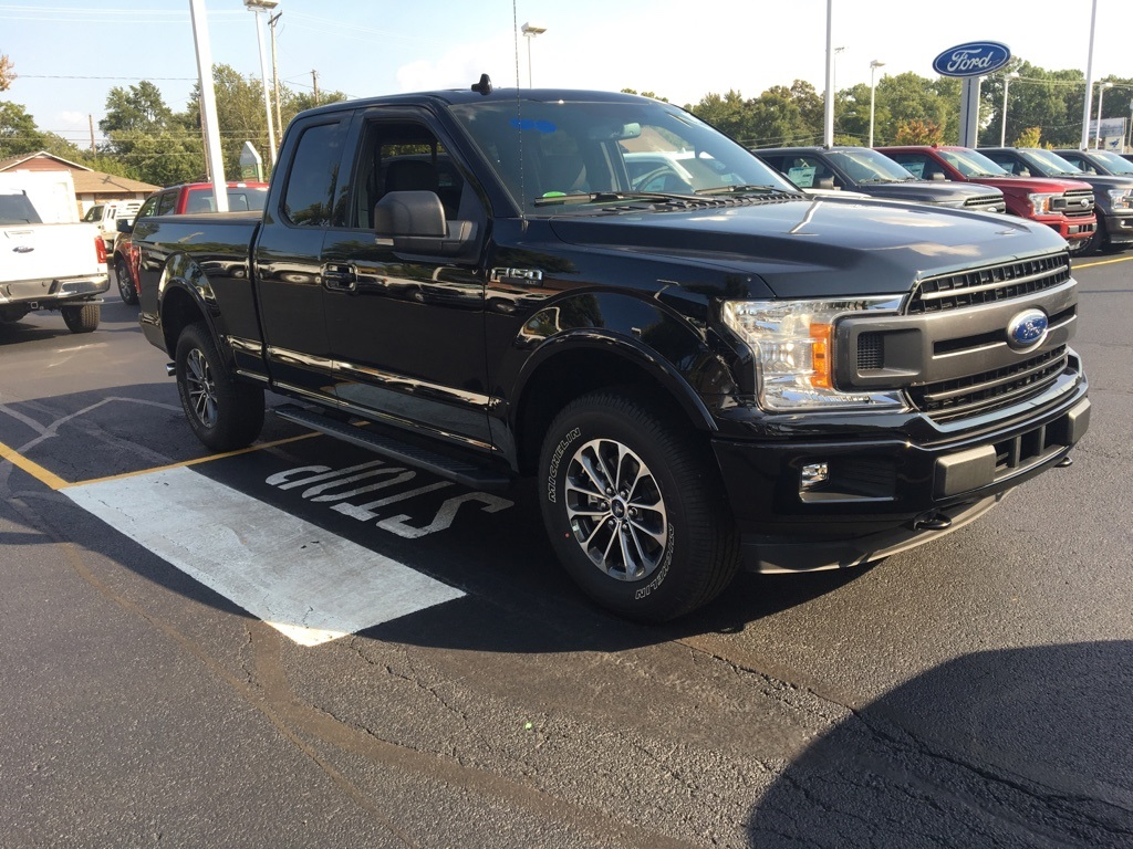 2018 F-150 Super Cab 4x4,  Pickup #T80149 - photo 3