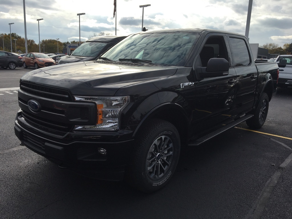 2018 F-150 Crew Cab 4x4, Pickup #T80366 - photo 3