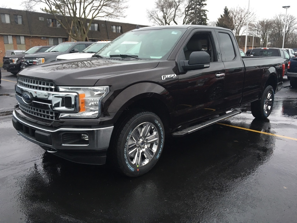 2018 F-150 Super Cab 4x4, Pickup #T80725 - photo 3