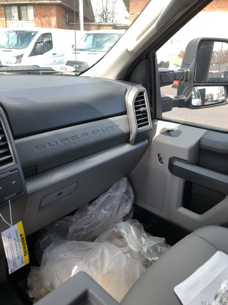 2018 F-550 Crew Cab DRW 4x4,  Rugby Dump Body #T81163 - photo 13