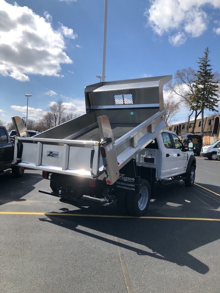 2018 F-550 Crew Cab DRW 4x4,  Rugby Dump Body #T81163 - photo 4