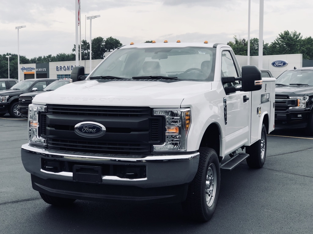 2018 F-250 Regular Cab 4x4,  Reading Classic II Steel Service Body #T81791 - photo 3