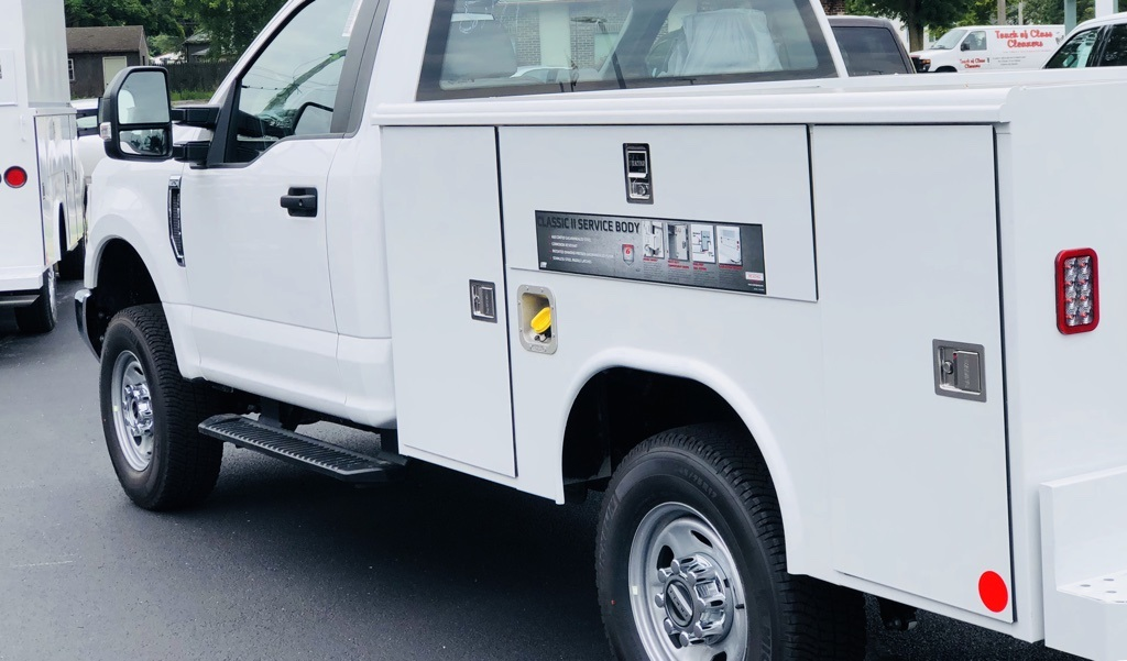 2018 F-250 Regular Cab 4x4,  Reading Classic II Steel Service Body #T81791 - photo 4