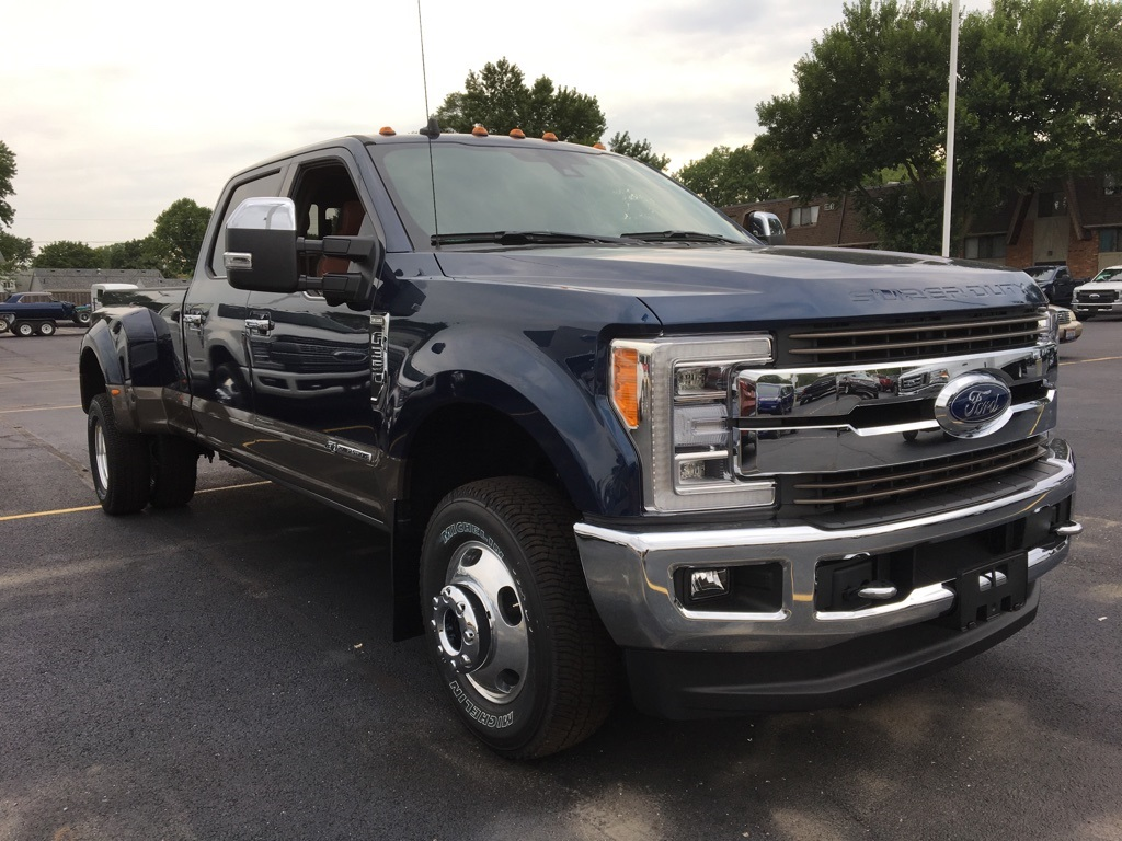 2019 F-350 Crew Cab DRW 4x4,  Pickup #T90107 - photo 3