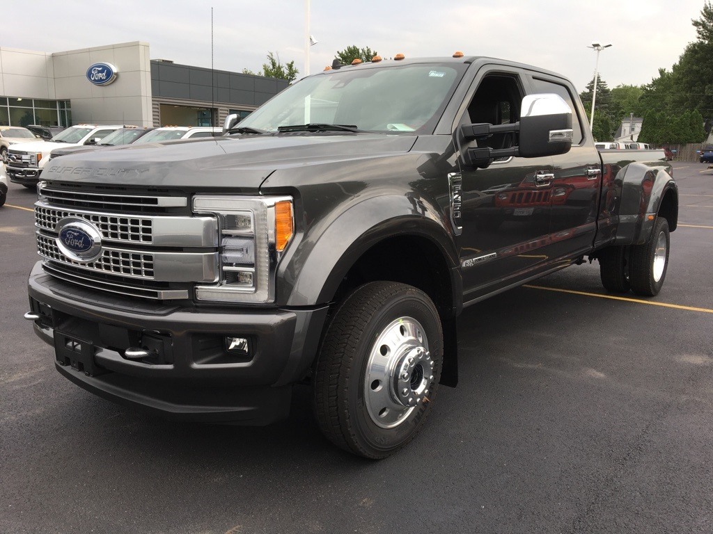 2019 F-450 Crew Cab DRW 4x4,  Pickup #T90131 - photo 3