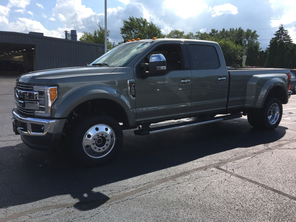 2019 F-450 Crew Cab DRW 4x4,  Pickup #T90151 - photo 3