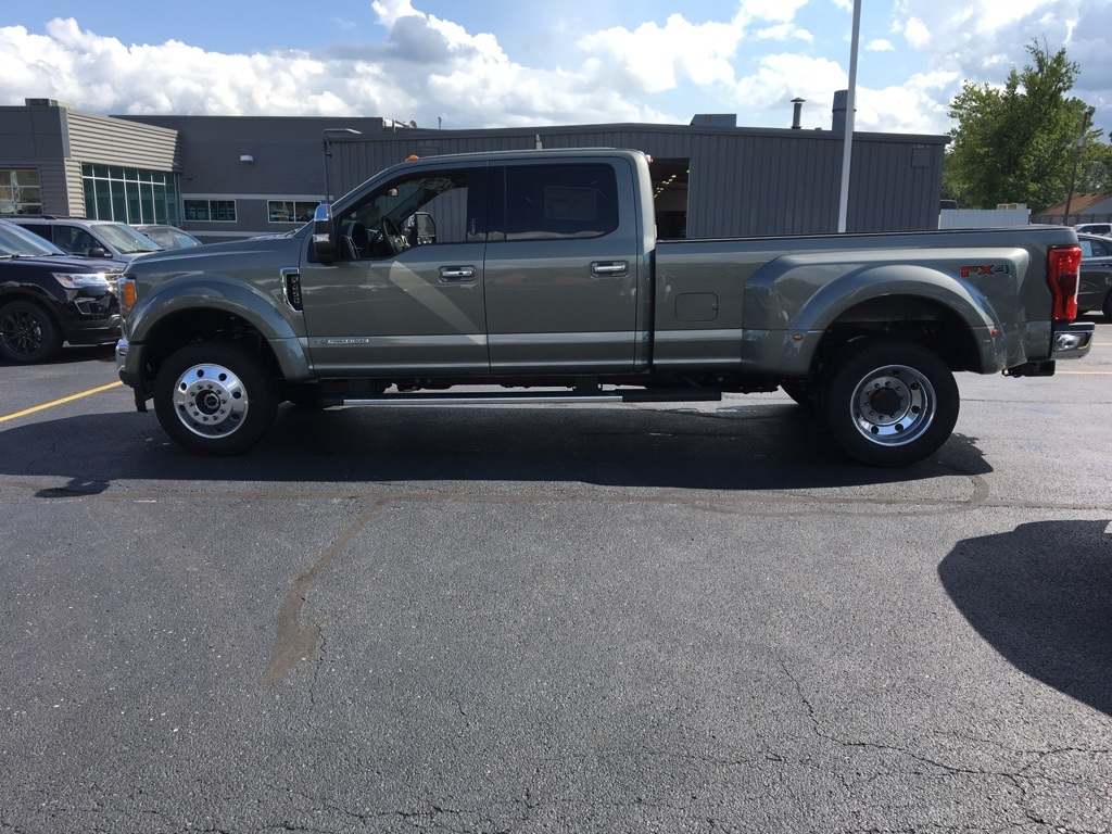 2019 F-450 Crew Cab DRW 4x4,  Pickup #T90151 - photo 4