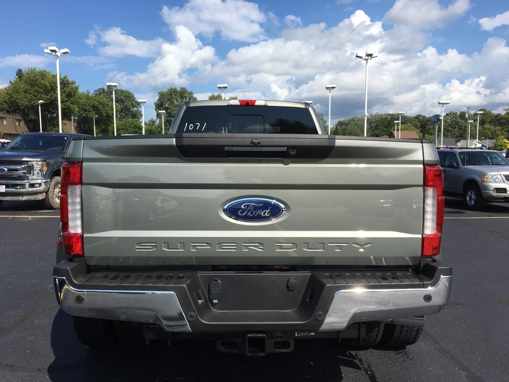 2019 F-450 Crew Cab DRW 4x4,  Pickup #T90151 - photo 5
