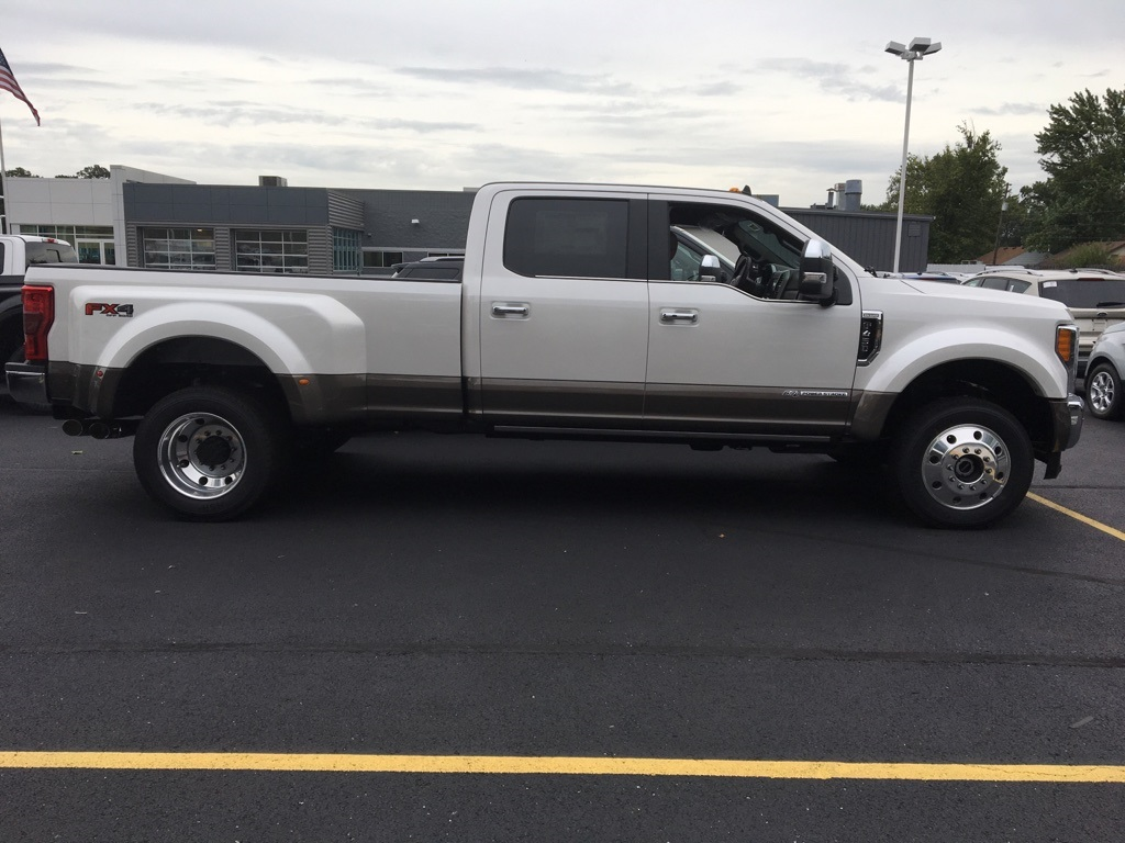 2019 F-450 Crew Cab DRW 4x4,  Pickup #T90191 - photo 4