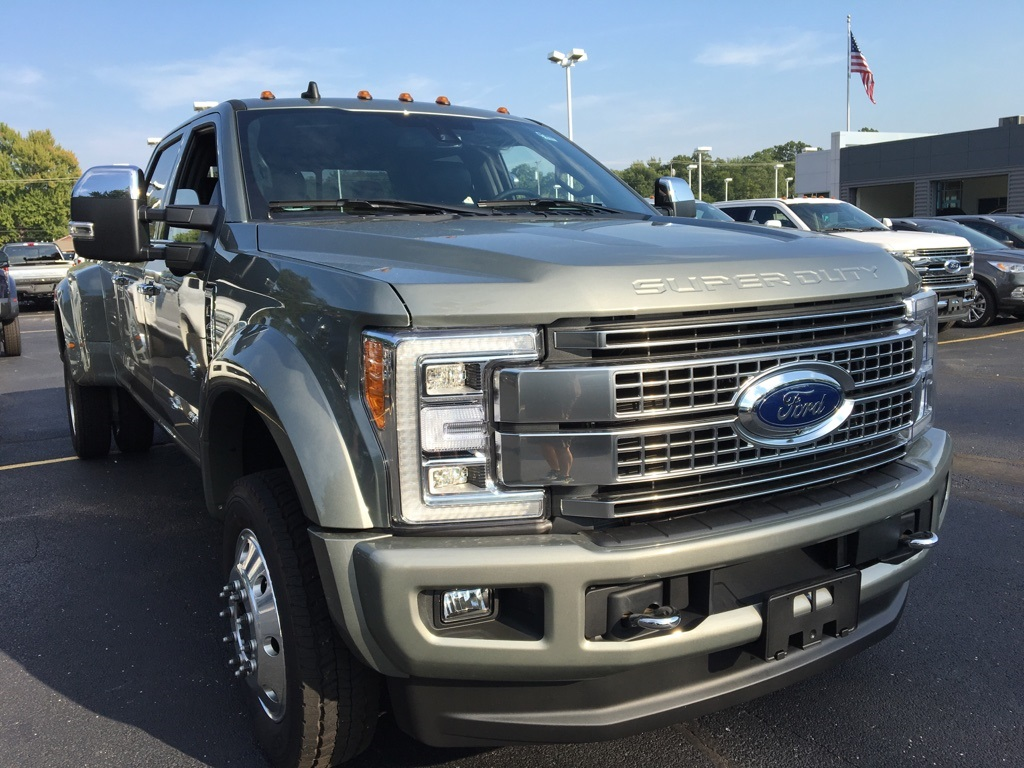 2019 F-450 Crew Cab DRW 4x4,  Pickup #T90203 - photo 3