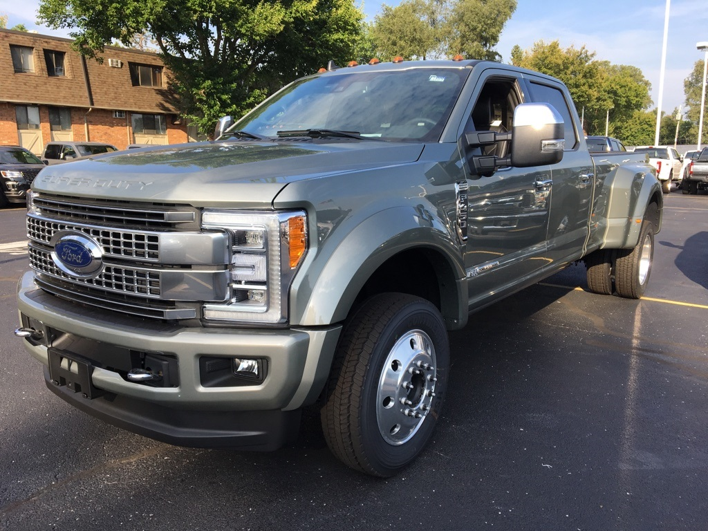 2019 F-450 Crew Cab DRW 4x4,  Pickup #T90203 - photo 1