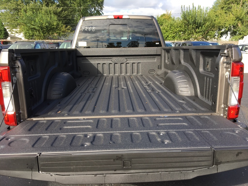 2019 F-450 Crew Cab DRW 4x4,  Pickup #T90205 - photo 11