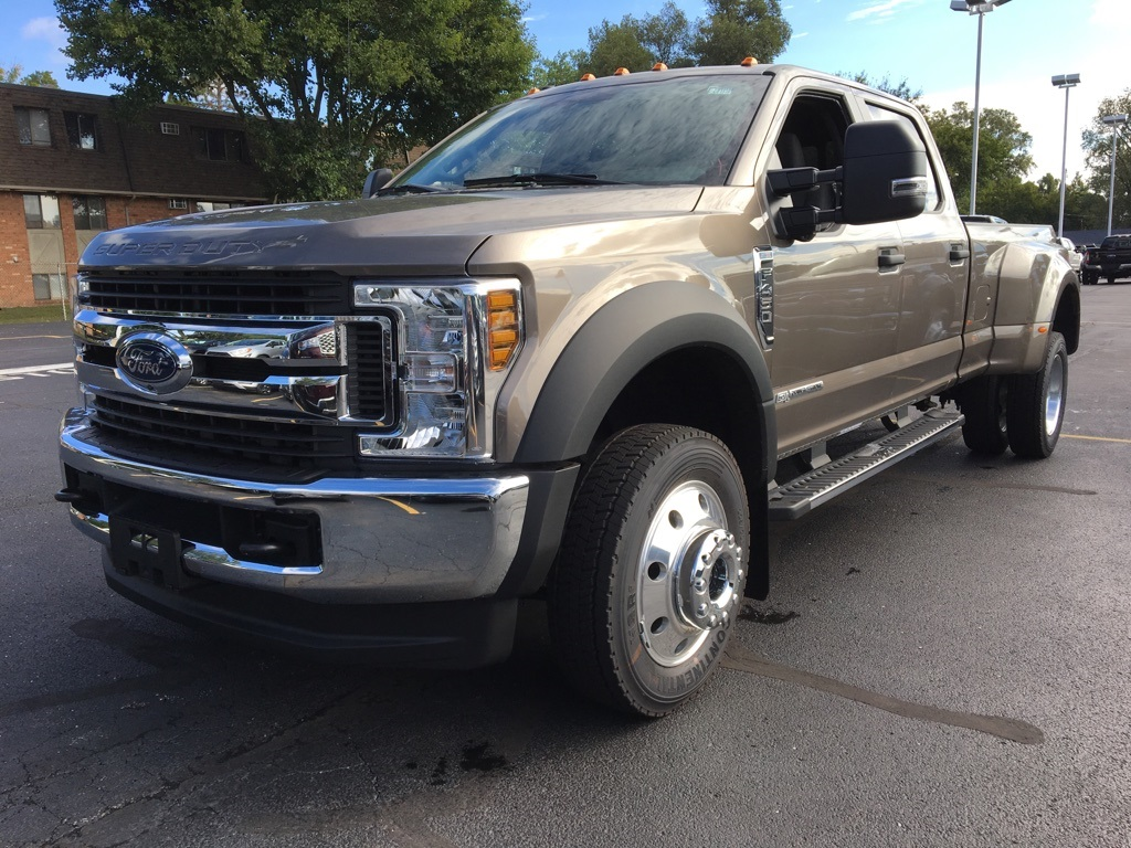 2019 F-450 Crew Cab DRW 4x4,  Pickup #T90205 - photo 1