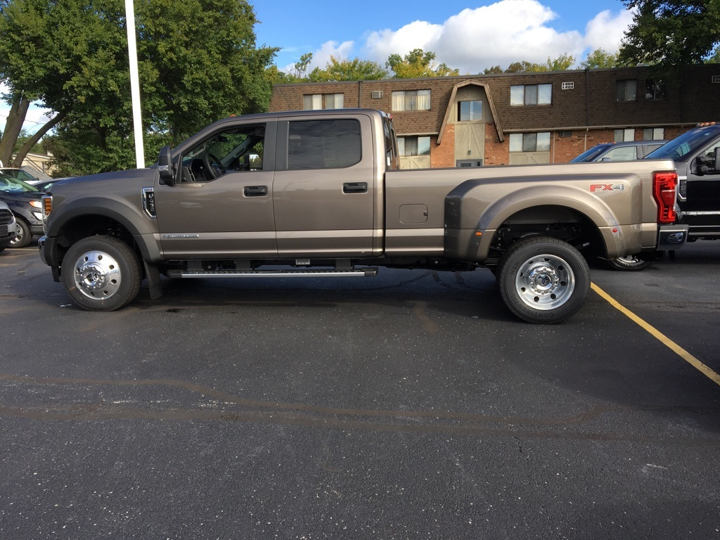 2019 F-450 Crew Cab DRW 4x4,  Pickup #T90205 - photo 2