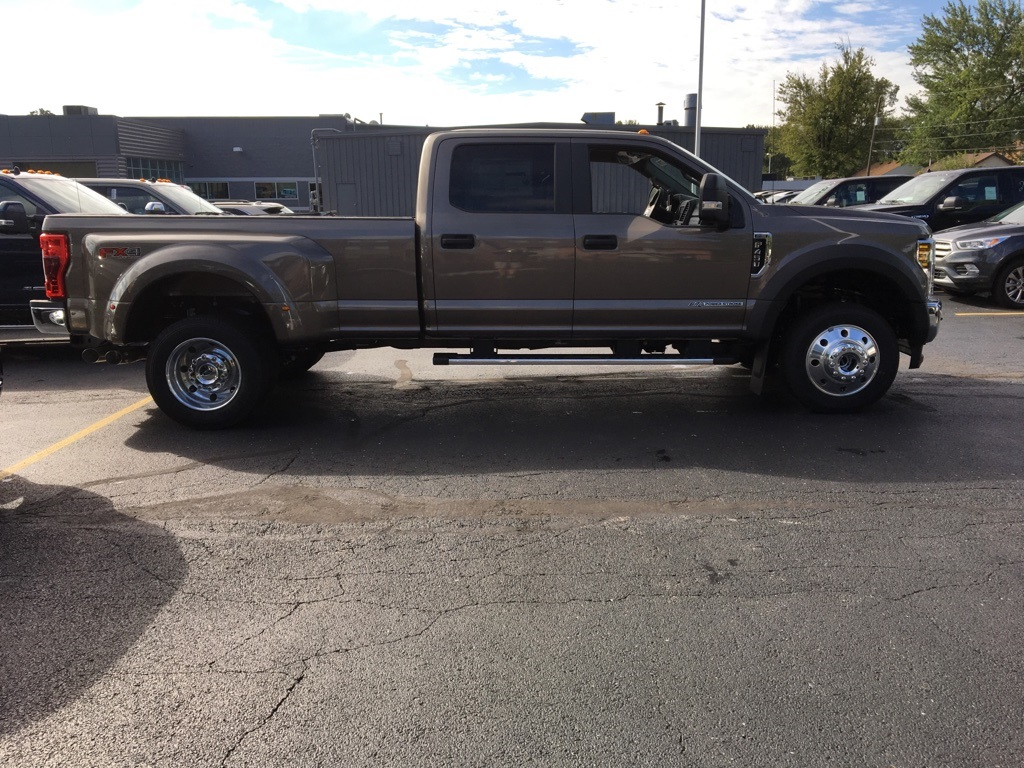 2019 F-450 Crew Cab DRW 4x4,  Pickup #T90205 - photo 4