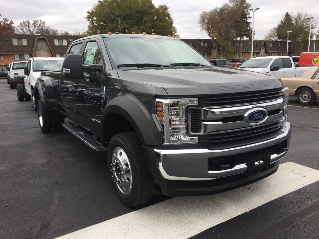 2019 F-450 Crew Cab DRW 4x4,  Pickup #T90321 - photo 3