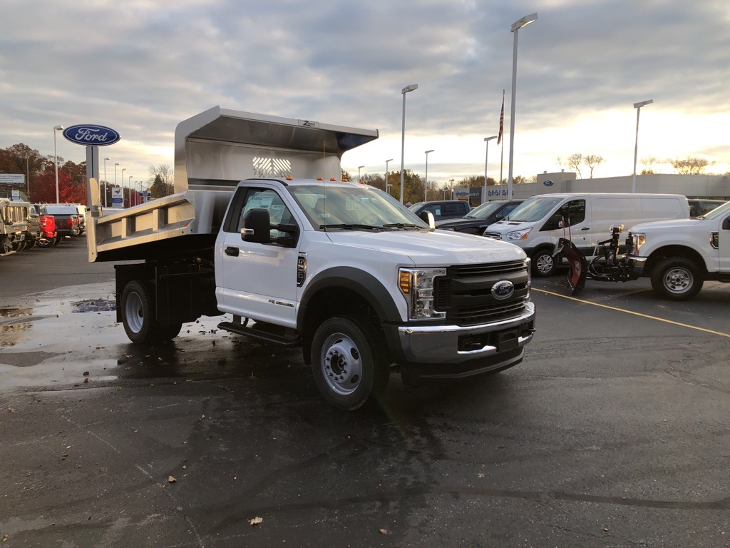 2019 F-550 Regular Cab DRW 4x4,  Dump Body #T90327 - photo 3