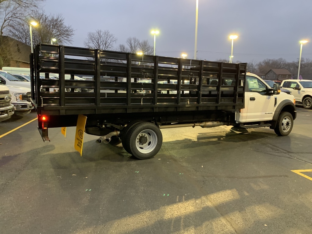 2019 F-550 Regular Cab DRW 4x2,  Parkhurst Toughline Stake Bed #T90443 - photo 5