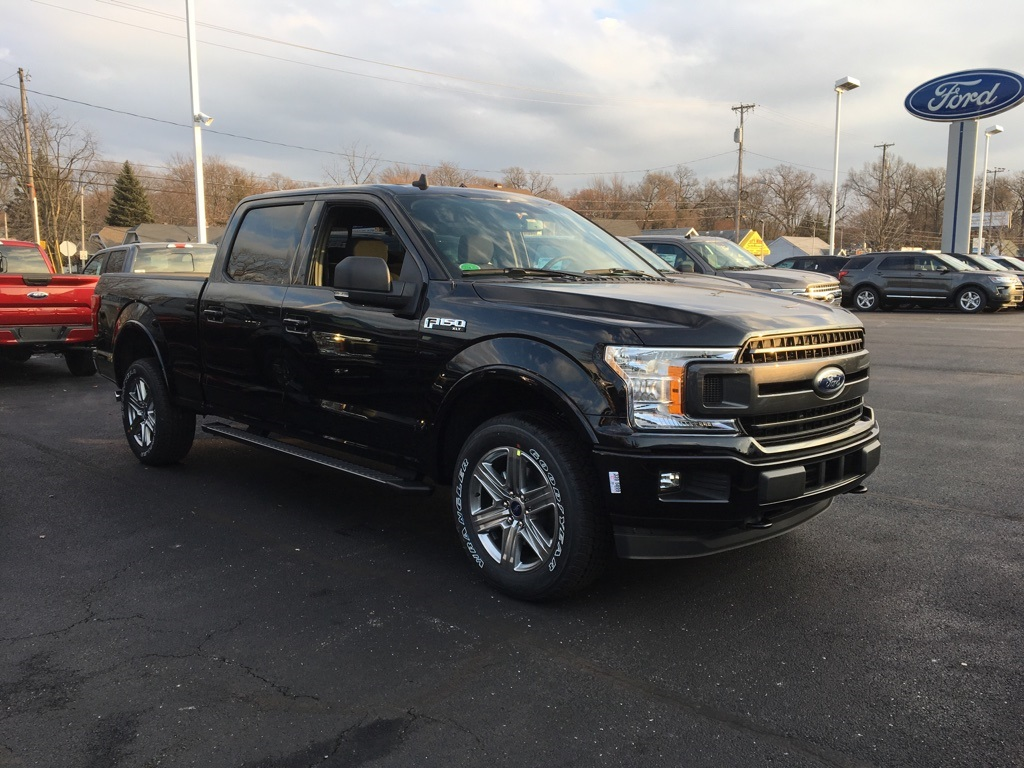 2019 F-150 SuperCrew Cab 4x4,  Pickup #T90562 - photo 3