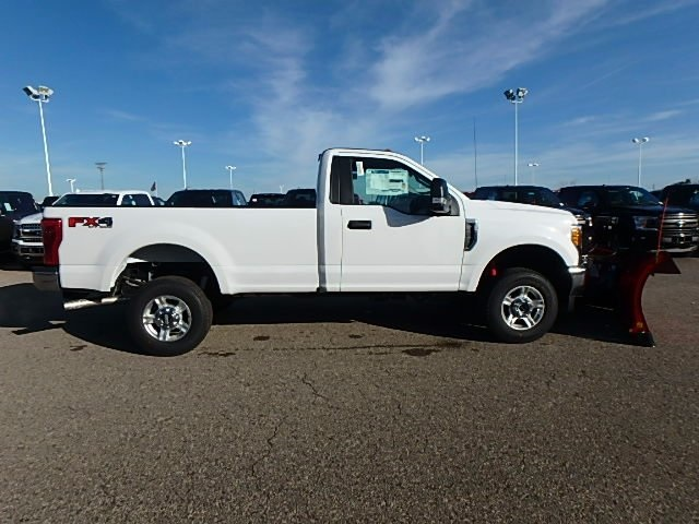 2017 F-250 Regular Cab 4x4 Pickup #FH9352 - photo 4