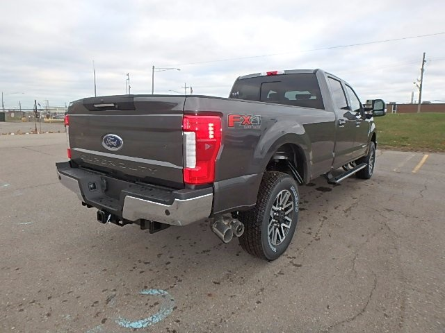 2017 F-350 Crew Cab 4x4 Pickup #FH9477 - photo 5