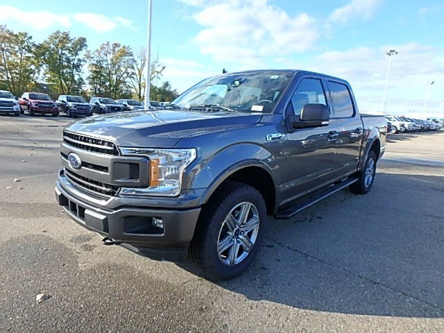 2018 F-150 Crew Cab 4x4, Pickup #FJ0676 - photo 1