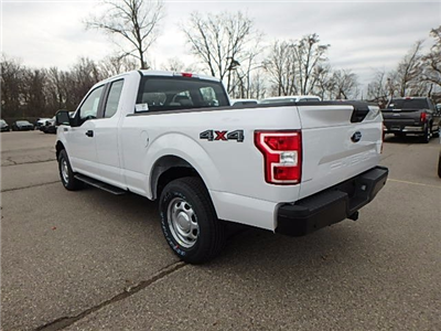 2018 F-150 Super Cab 4x4, Pickup #FJ1168 - photo 2