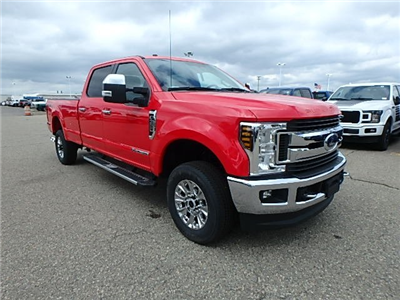 2018 F-350 Crew Cab 4x4,  Pickup #FJ2381 - photo 3