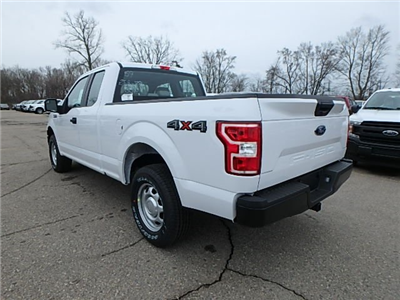 2018 F-150 Super Cab 4x4, Pickup #FJ3905 - photo 2