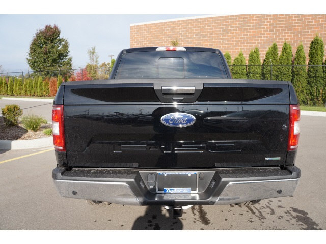 2018 F-150 Crew Cab 4x4 Pickup #B25832 - photo 2