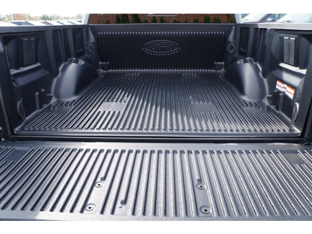 2018 F-150 Crew Cab 4x4 Pickup #B25833 - photo 17