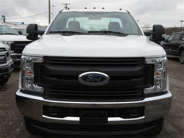 2019 F-250 Regular Cab 4x4,  Pickup #KED81081 - photo 3