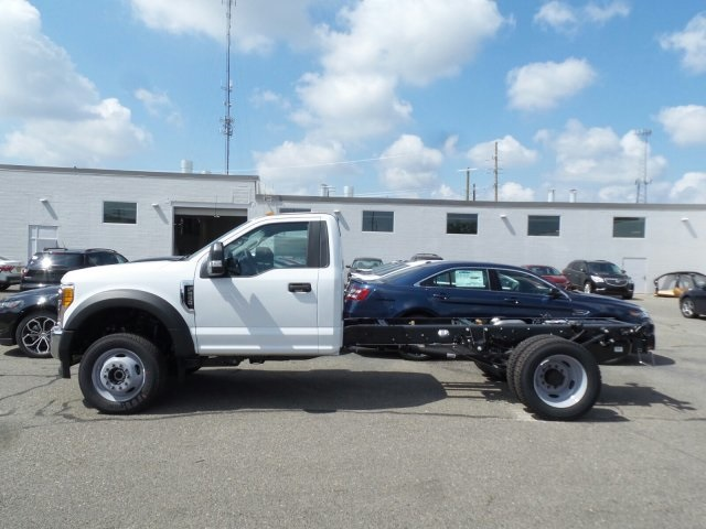 2017 F-550 Regular Cab DRW 4x4, Cab Chassis #FH1886 - photo 3