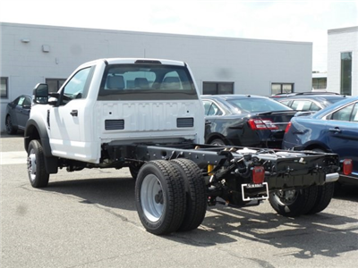 2017 F-550 Regular Cab DRW 4x4 Cab Chassis #FH1886 - photo 2