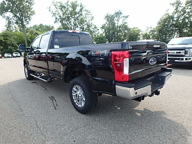 2017 F-250 Crew Cab 4x4 Pickup #FH2005 - photo 2