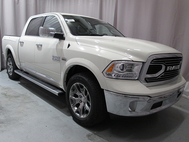 2017 Ram 1500 Crew Cab 4x4, Pickup #D170030 - photo 3