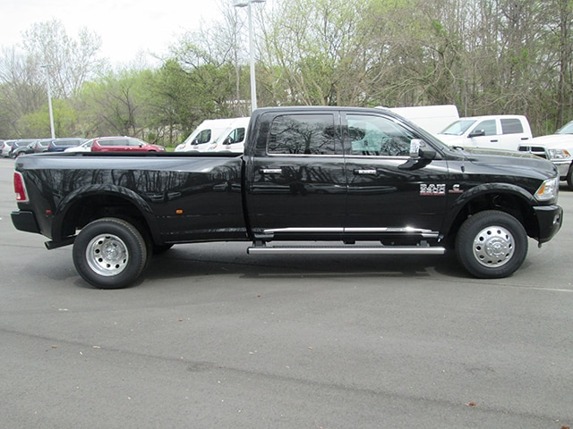 2017 Ram 3500 Crew Cab DRW 4x4,  Pickup #D170391 - photo 21