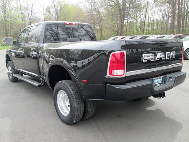 2017 Ram 3500 Crew Cab DRW 4x4,  Pickup #D170391 - photo 22
