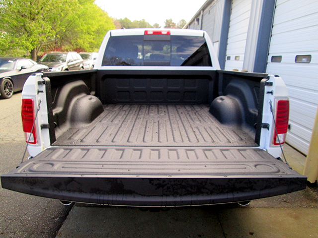 2017 Ram 1500 Crew Cab 4x4, Pickup #D170445 - photo 11