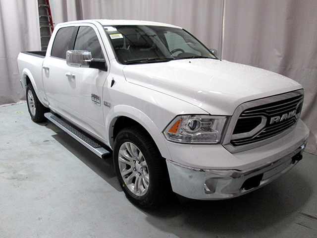 2017 Ram 1500 Crew Cab 4x4, Pickup #D170445 - photo 3