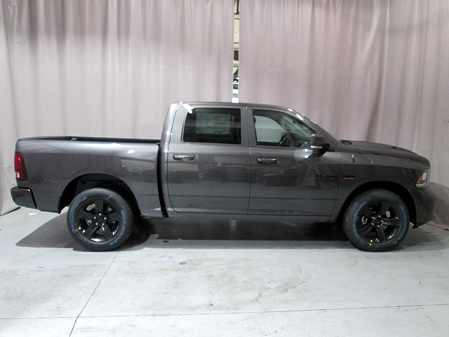 2017 Ram 1500 Crew Cab 4x4, Pickup #D170543 - photo 4